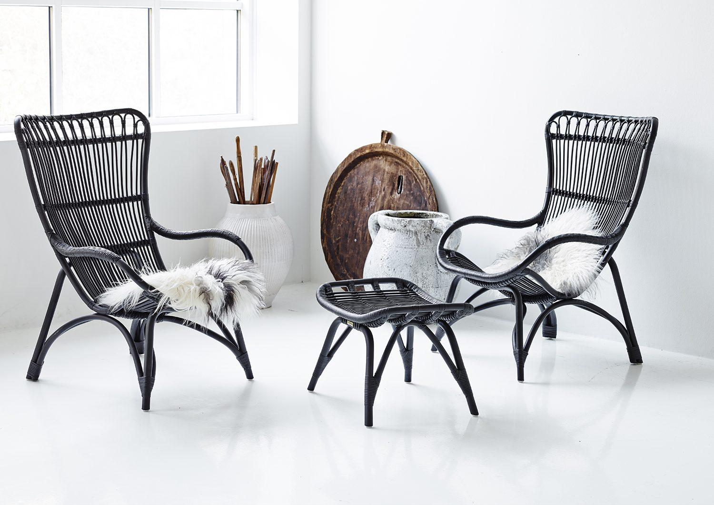 Monet vilstol och fotpall i matt svart färg av Sika-Design.