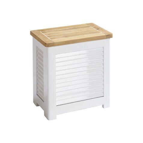Liten förvaringsbox i lackad mahogny och teaklock.