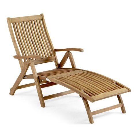 Everton däckstol i oljad hardwood med beslag av mässing.