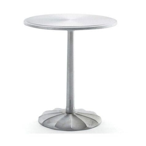 Uppsala bord från Byarums Bruk med turbinformad fot.