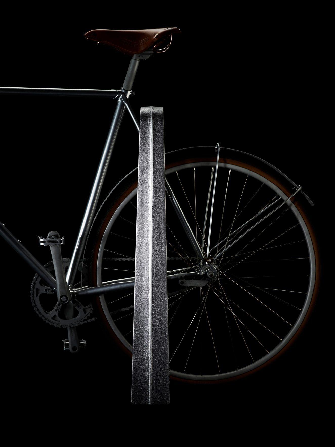 Arkus cykelpollare från Byarums Bruk.