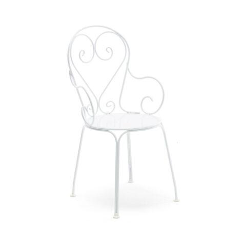 Classic karmstol i vitlackad aluminium och furu från Byarums Bruk.