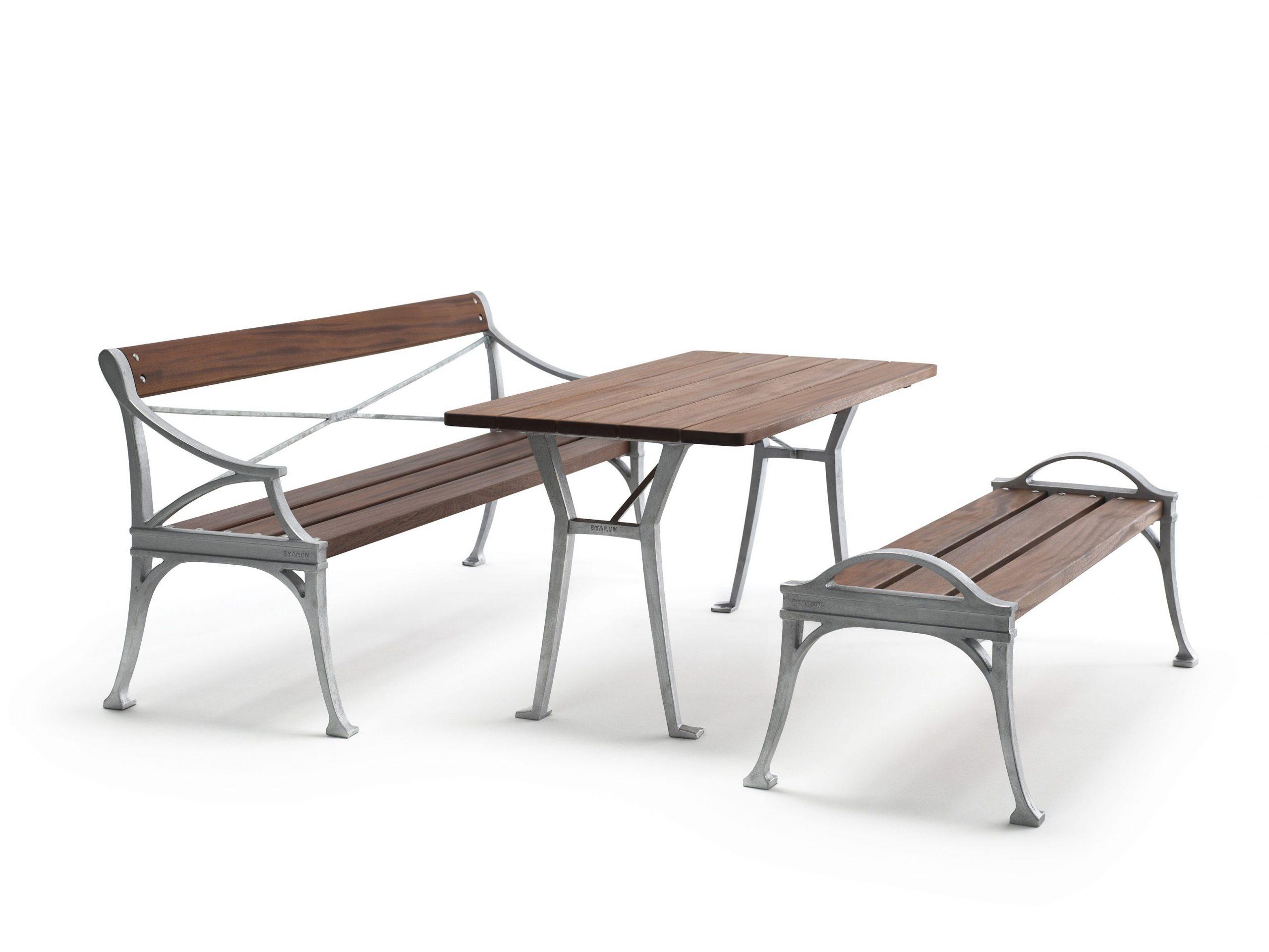 Lessebo soffa, bord och bänk från Byarums Bruk.
