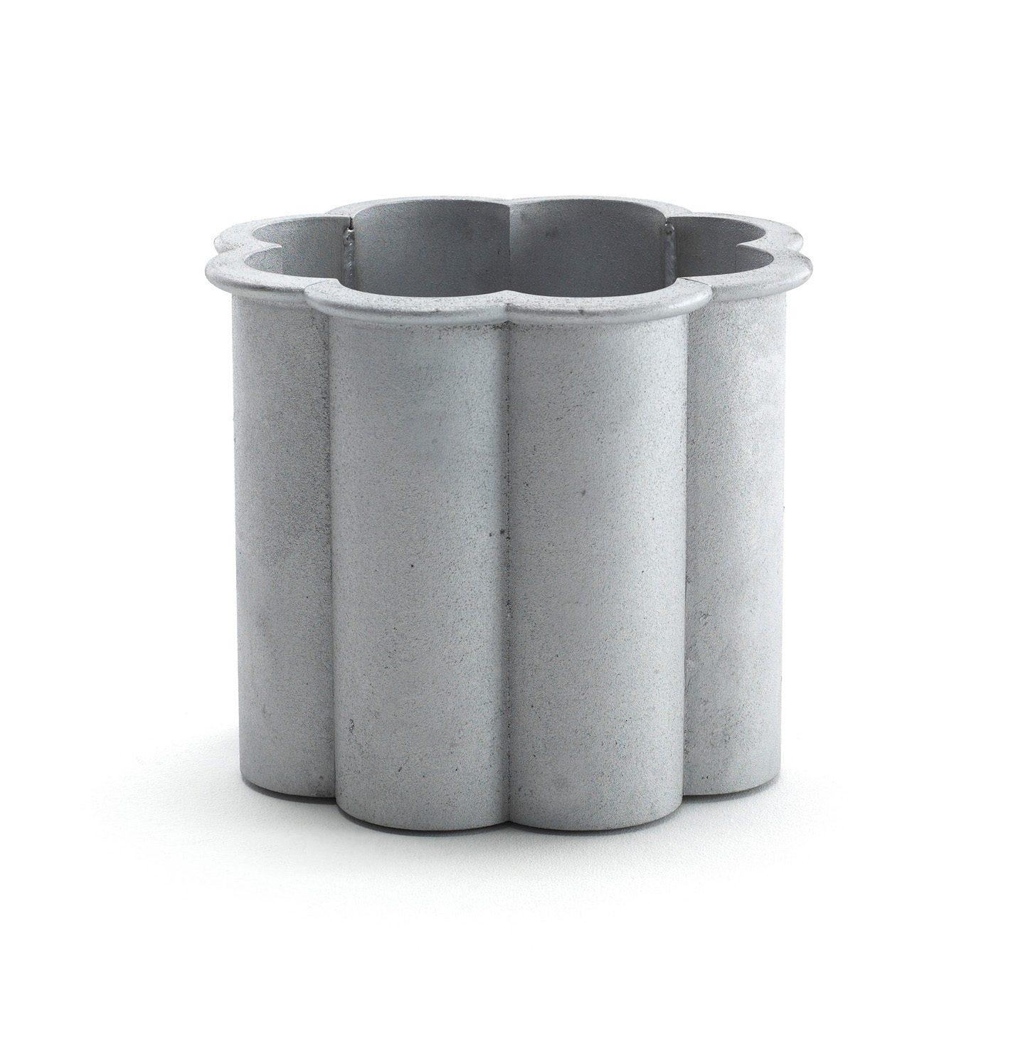 Gråsippa växtkärl no.1 i aluminium från Byarums Bruk.