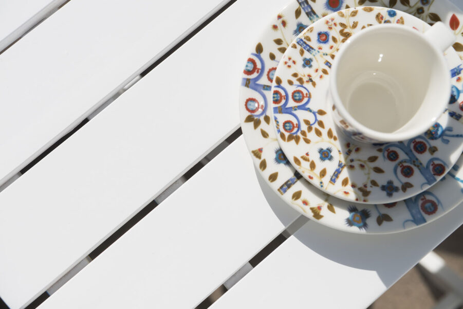 Detaljbild på Åre fällbart cafébord från leverantören Hillerstorp.