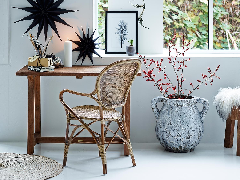 Rossini karmstol i antikfärg ut Originals kollektionen från Sika Design.