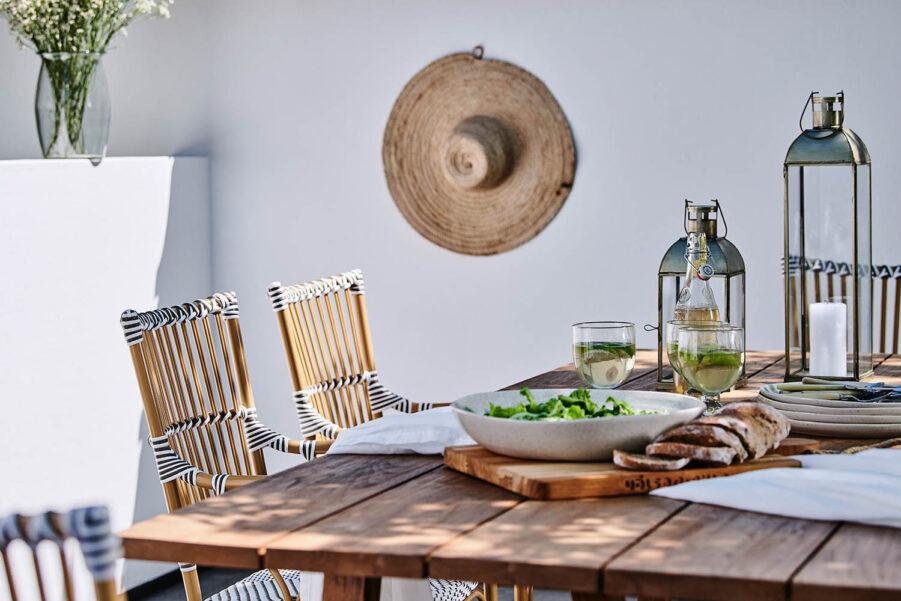Sika-Design George bord teak 100x240 cm + Monique Exterior karmstol almond/vit