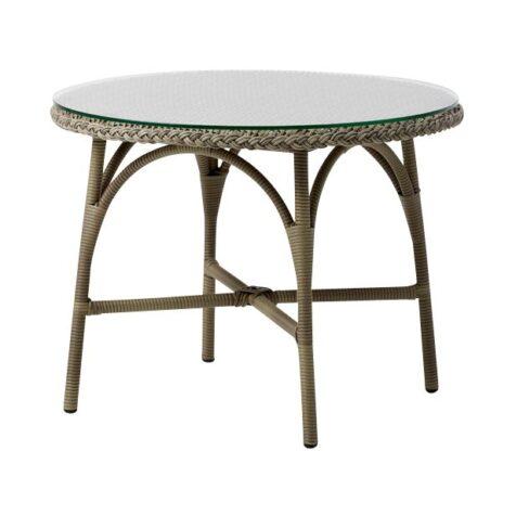 Victoria sidobord i antikfärgad konstrotting från Sika Design.