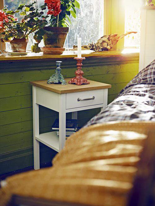 Miljöbild på Emmaboda sängbord.