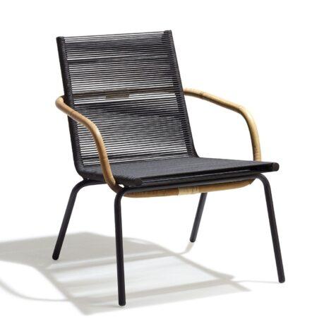 Sidd loungefåtölj i stål och Cane line rope i brunt.