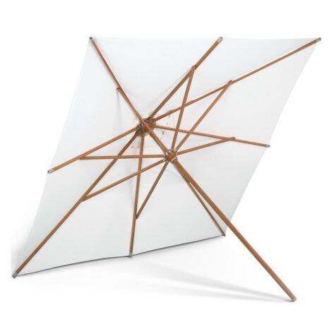 Messina parasoll med storleken 300x300 cm.