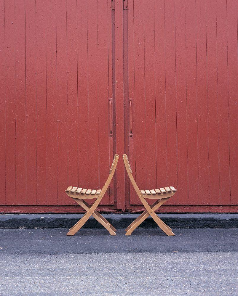 Vendia stolar i miljö.