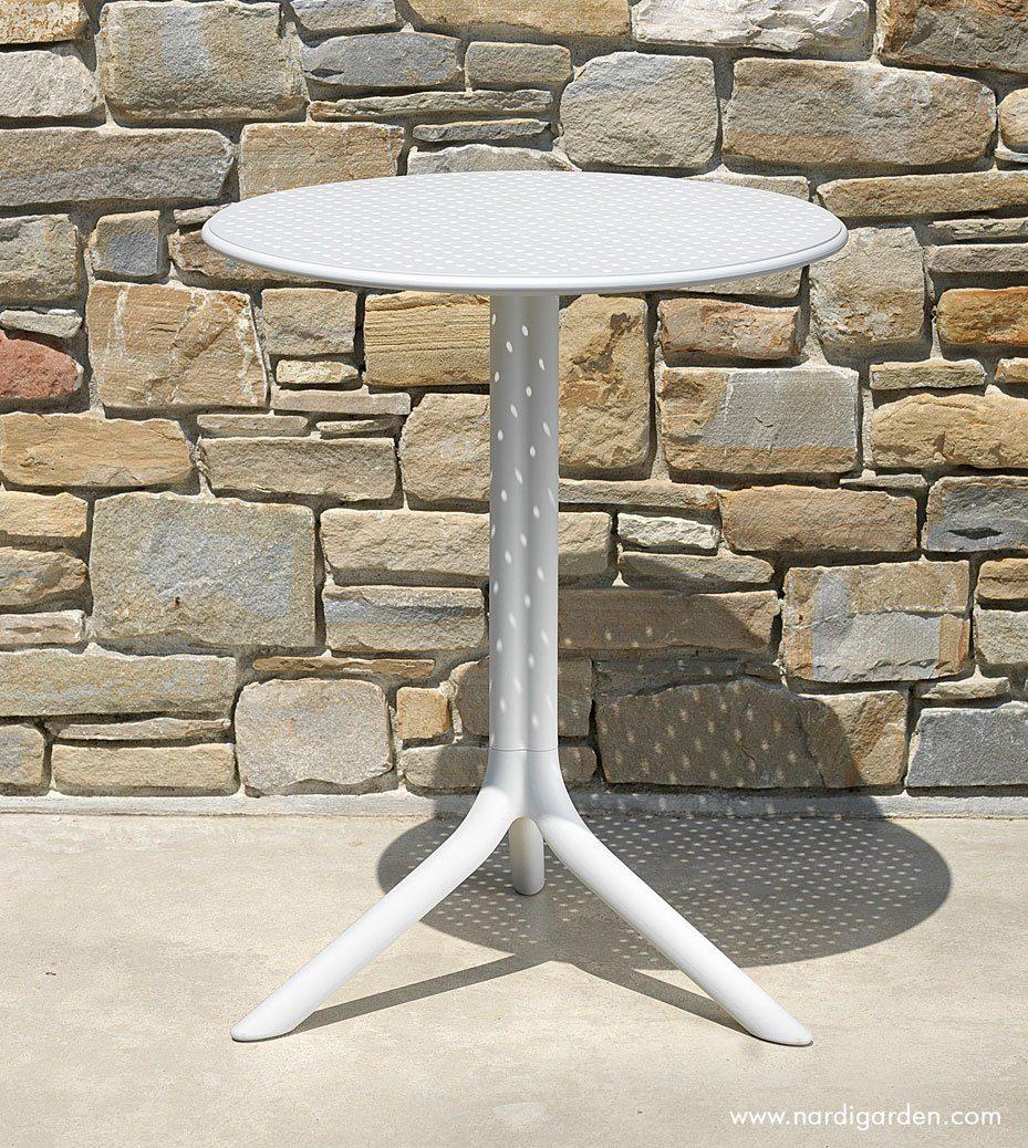Step cafebord i vitt från Brafab.