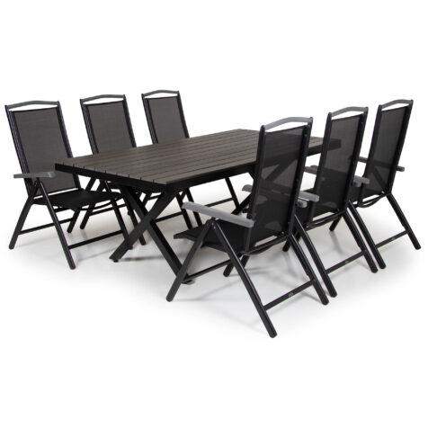 Leone och Andy matgrupp i svart med sex stycken stolar.