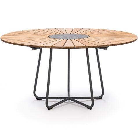 Bambubord från Houe i storleken 150 cm.