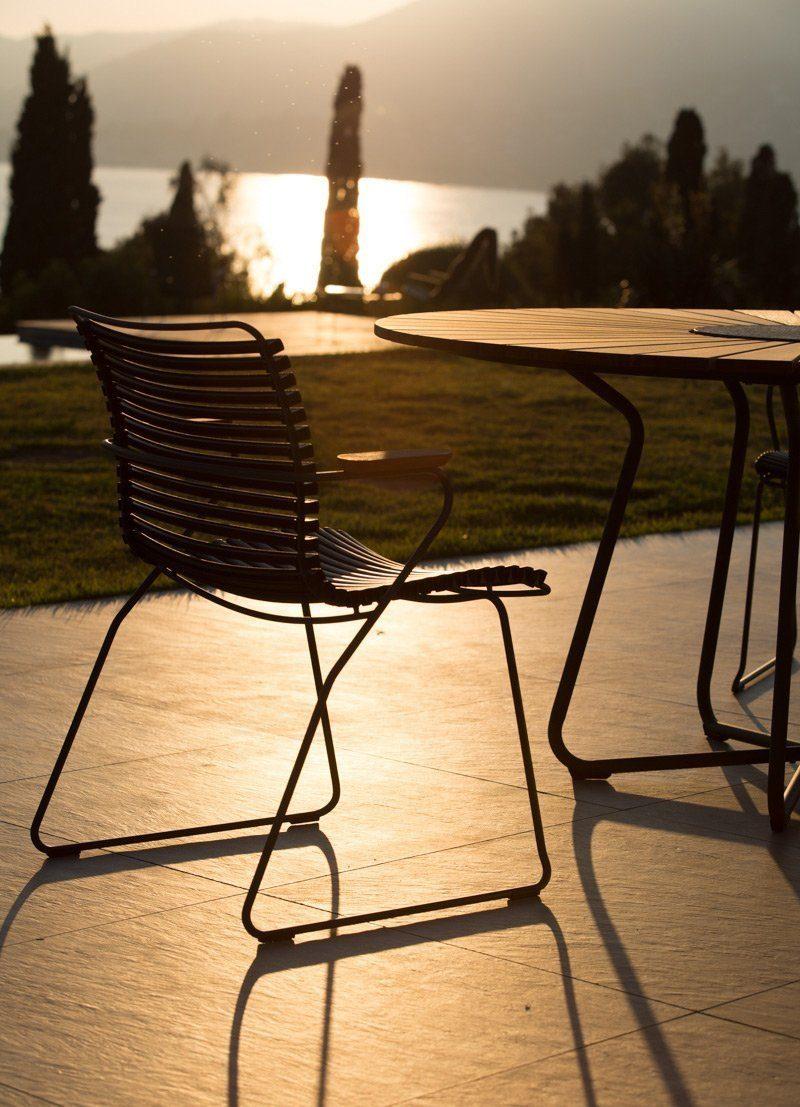 Click karmstol med Circle bord från Houe.