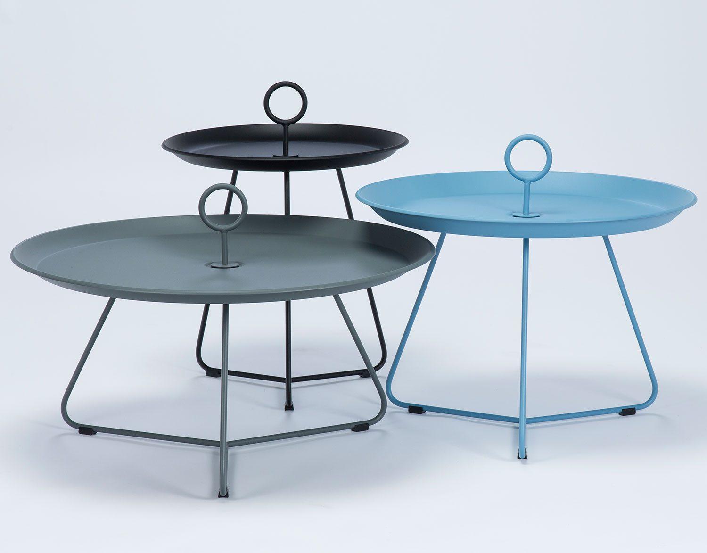 Eyelet sidobord i tre olika storlekar, här i svart, grått och blått.