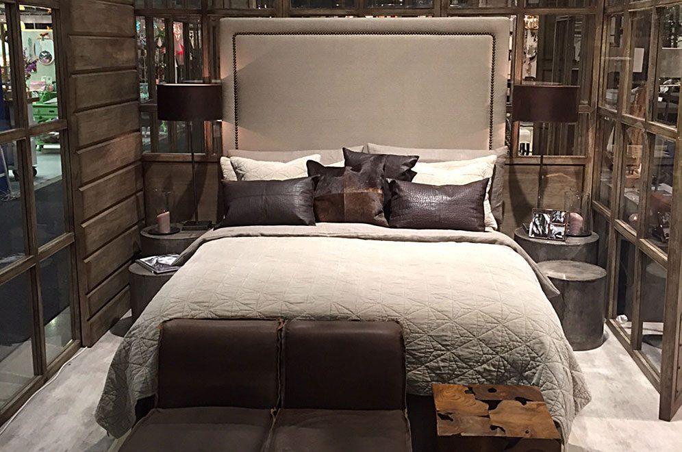 Paris high sänggavel från Artwood.