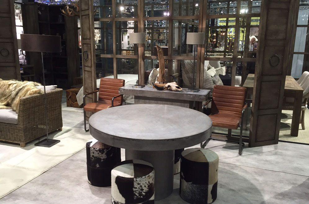Regent matbord i betong från Artwood.