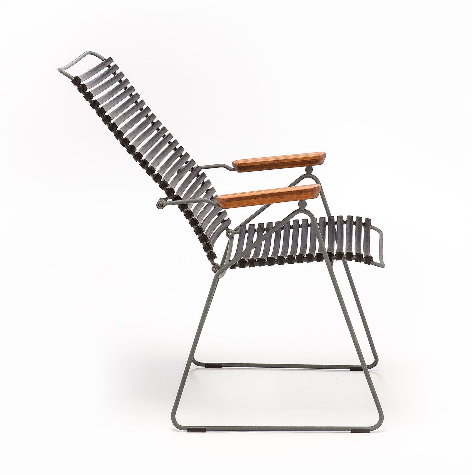 Click positionsstol med svarta plastlameller från Houe.