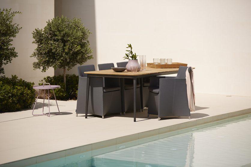 Core matbord tillsammans med Diamond karmstol.