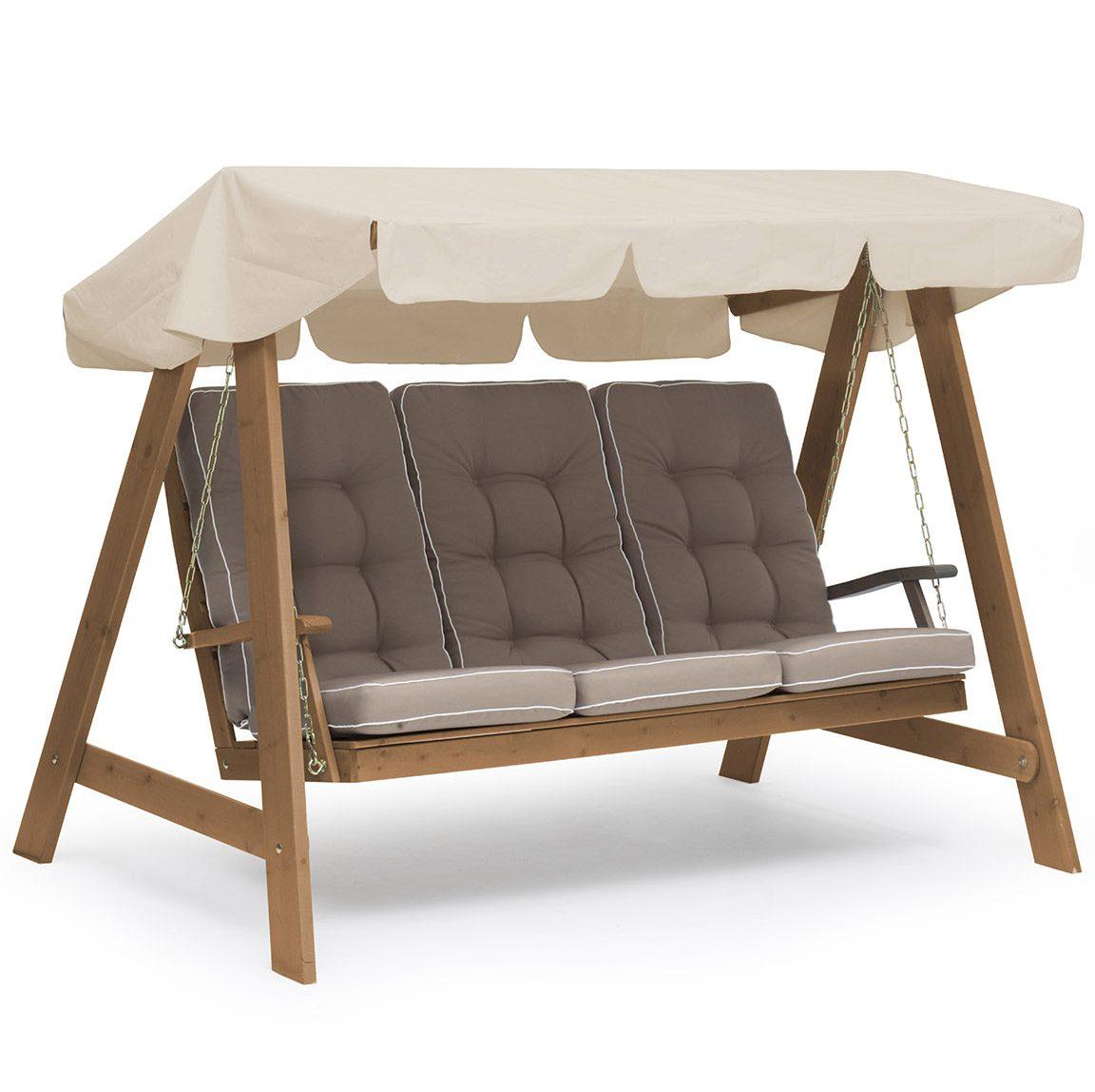 Dalom hammock i kanelfärgad furu med bruna Texas dynor och beige tak från Hillerstorp.