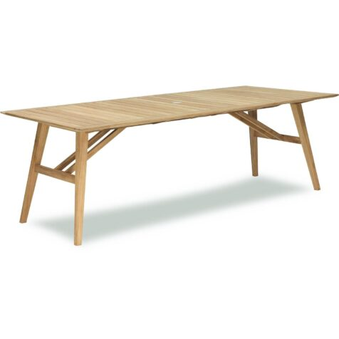 Chios matbord i teak från Brafab.