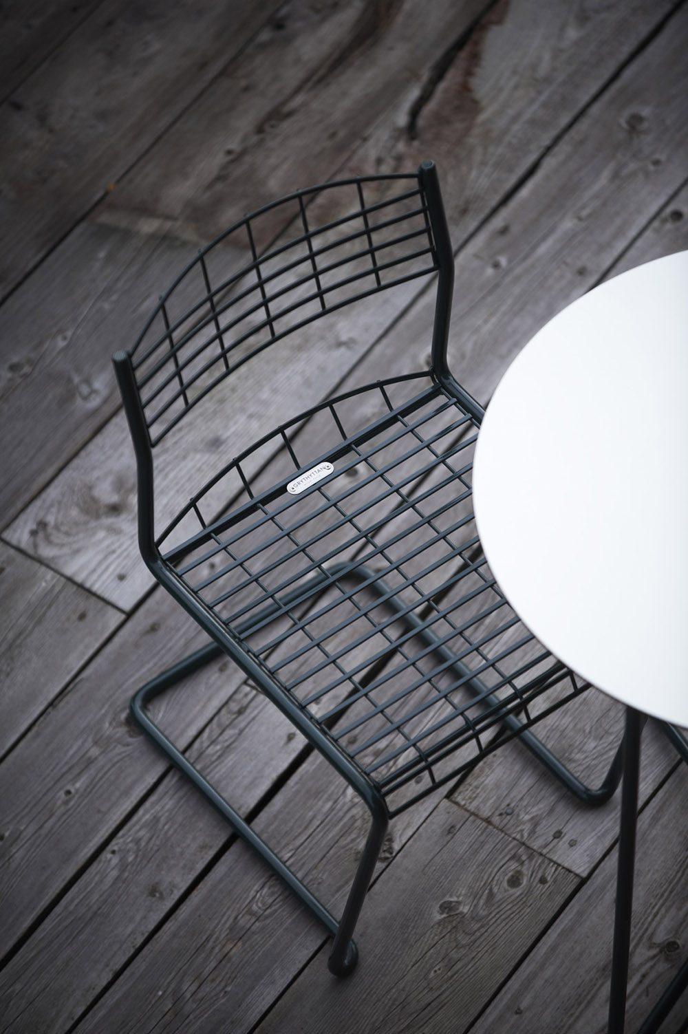 Grön High-Tech-stol från Grythyttan.
