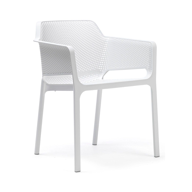 Net stapelstol i vitt från italienska Nardi.
