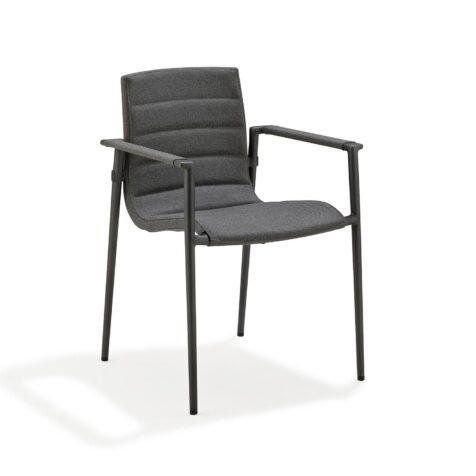 Core karmstol i grå Softtouch från Cane-line.