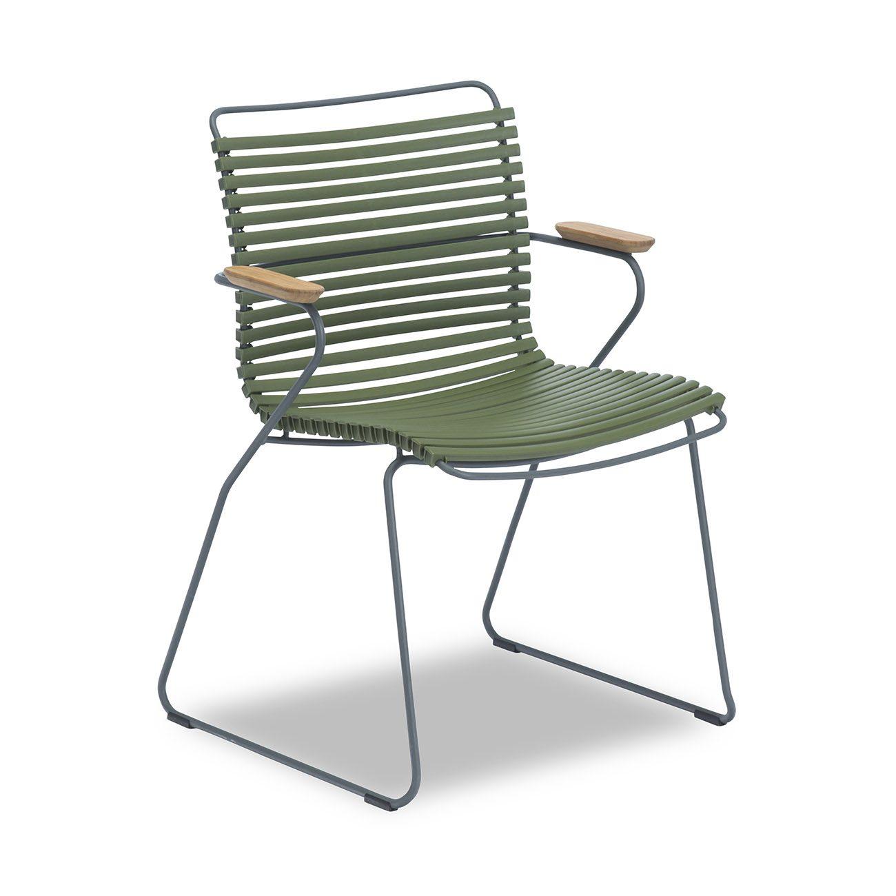 Vår olivgröna karmstol från Houe.