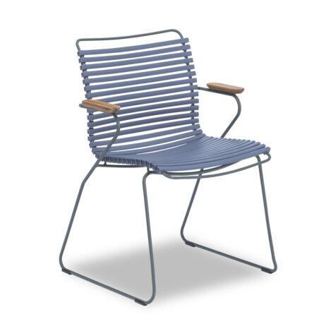 Click karmstol i färgen duvblå från Houe.