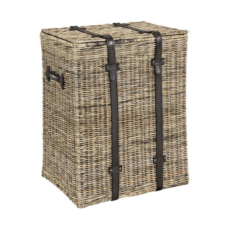 Tvättkorg tillverkad i Grey Lacak naturroting med läder handdtag från Artwood.