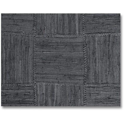 Grey Patch matta i grått från Artwood.