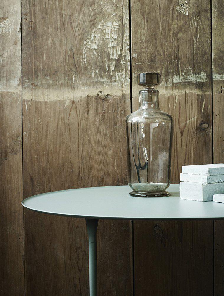 Miljöbild på Brut bord i skiffergrått från Skagerak.