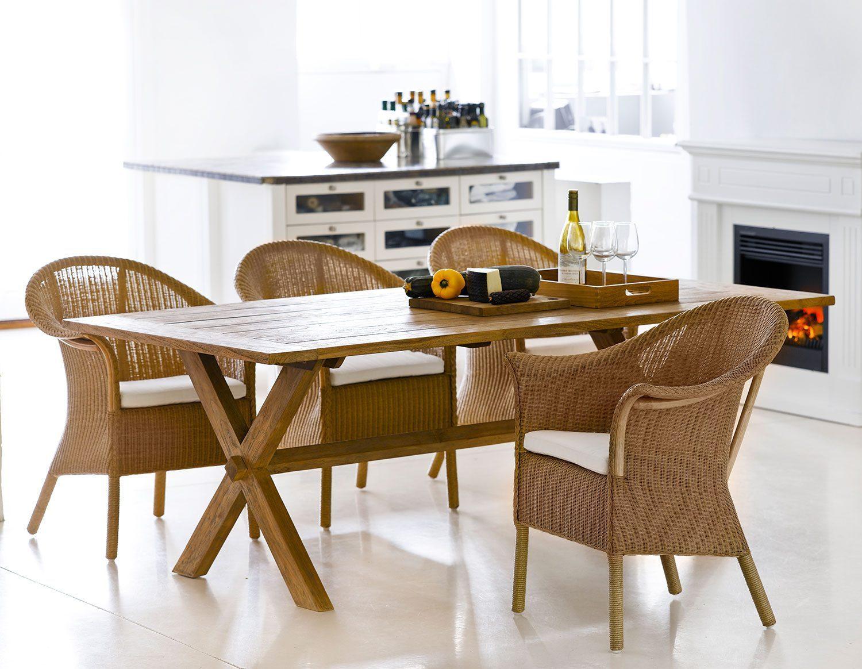 Classic stolar från Sika Design i naturrotting.