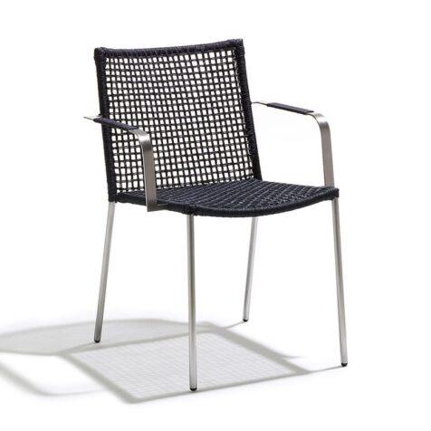 Straw karmstol med rund flätning i svart från Cane-line.