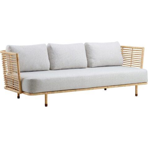 Sense soffa i naturrotting från Cane-line
