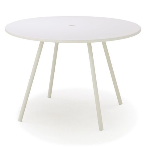 Area runt matbord 110 cm i diameter. Tillverkat i aluminium och vitmålat.