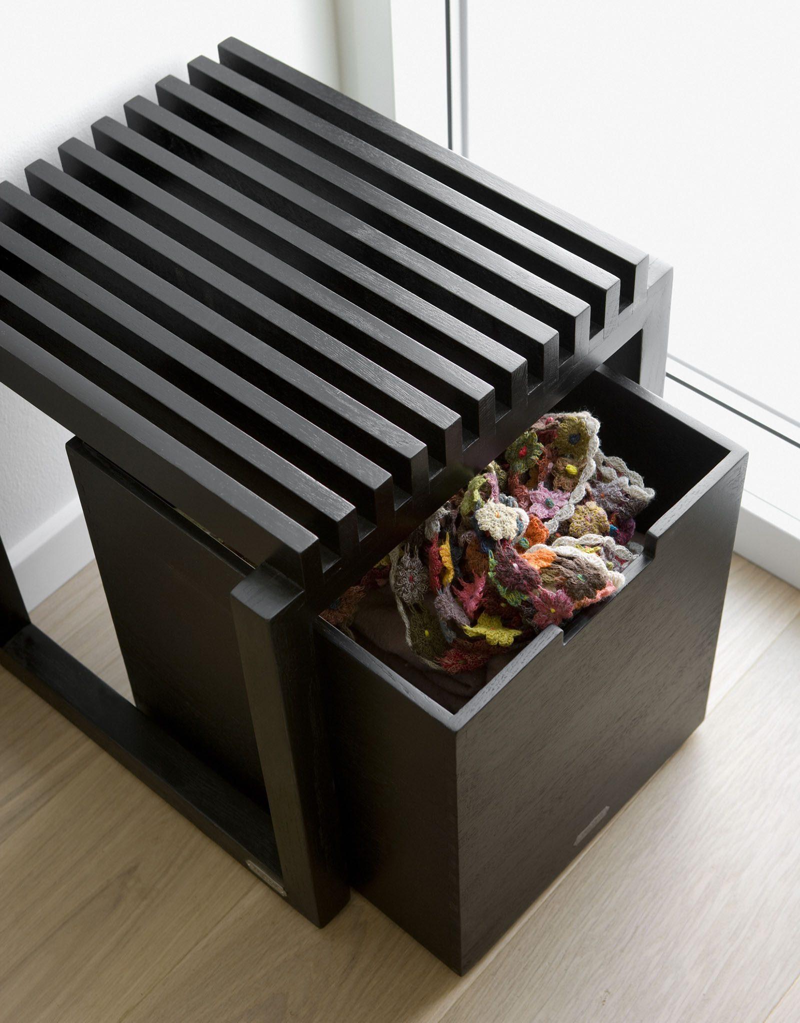 Miljöbild av stor Cutter förvaringsbox i svart från Skagerak