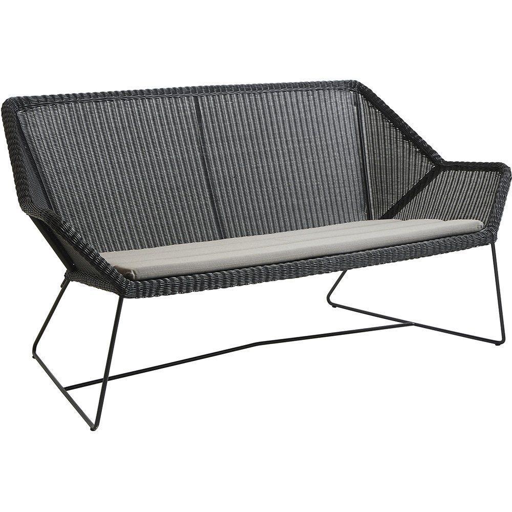 Breeze soffa i svart med taupe dyna från Cane-Line.