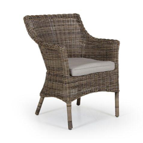 Lenora karmstol i konstrottingen rustik från Brafab.