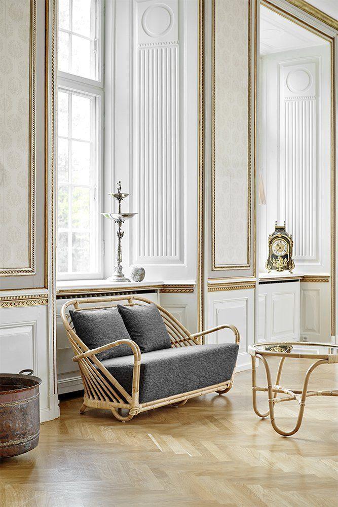 Charlottenborg soffa och sidobord i rotting från Sika-Design.