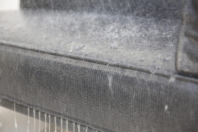 Närbild softtouchdynor med quickdry foam.