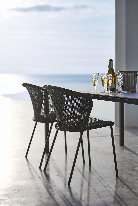 Lean stol i konstrotting med Pure bord.
