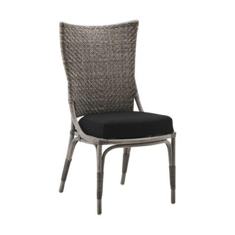 Melody matstol i taupe med svart dyna från Sika-Design.