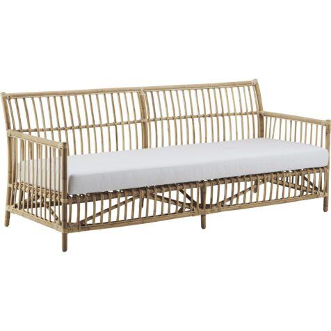 Caroline soffa i natur med vit dyna från Sika-Design.
