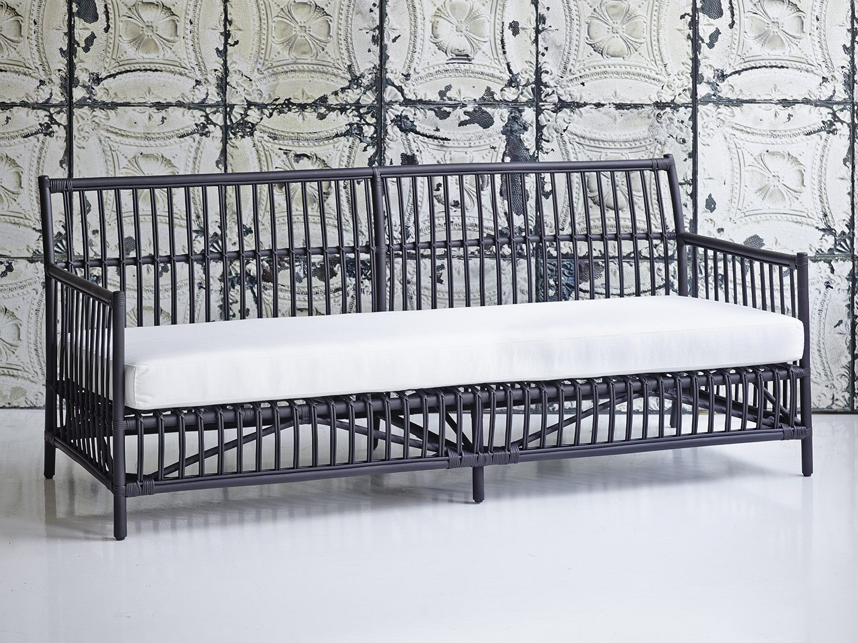 Caroline soffa i svart.