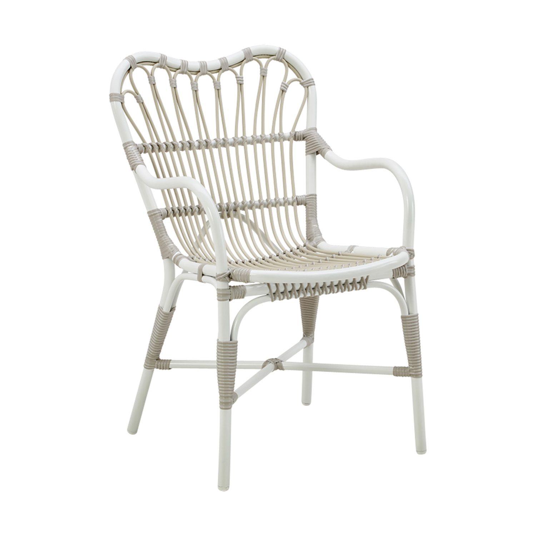Margret karmstol i aluminium och konstrotting från Sika-Design.