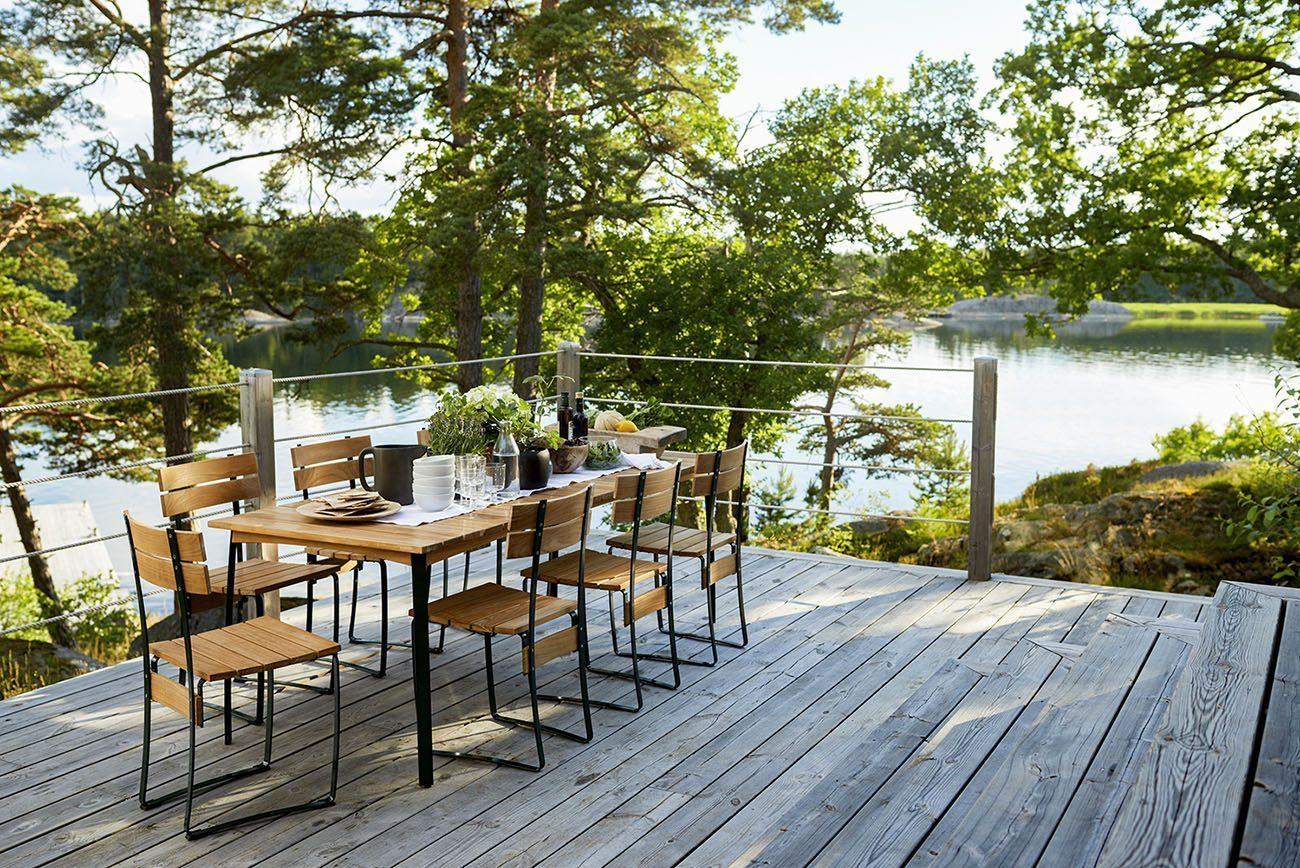 Matbord i serien Kereminder från Skargaarden.